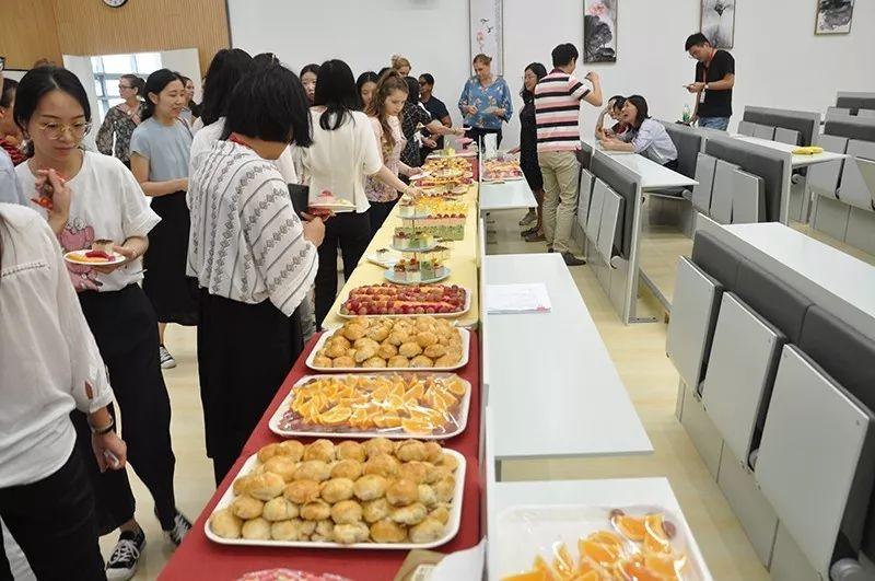 2019年光华剑桥教师节活动.jpg